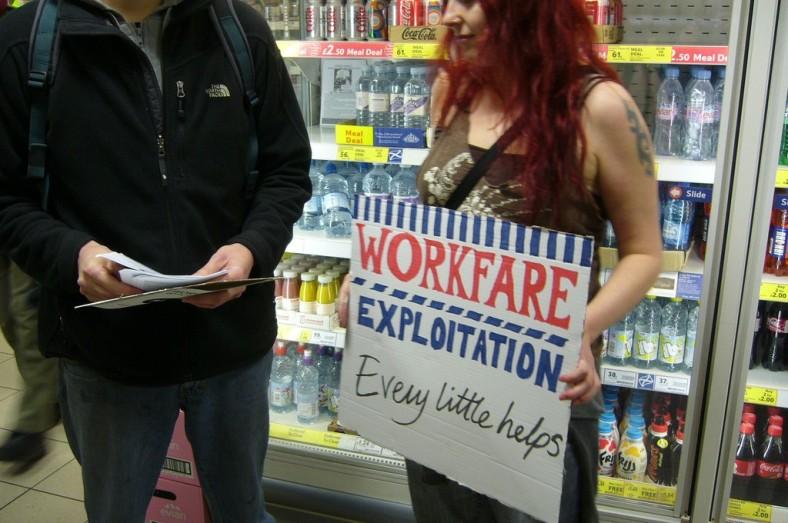 ecap-protest-intesco-3-march