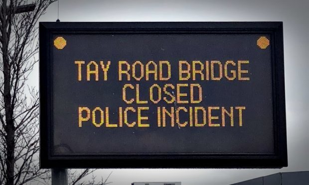 tay bridge closed